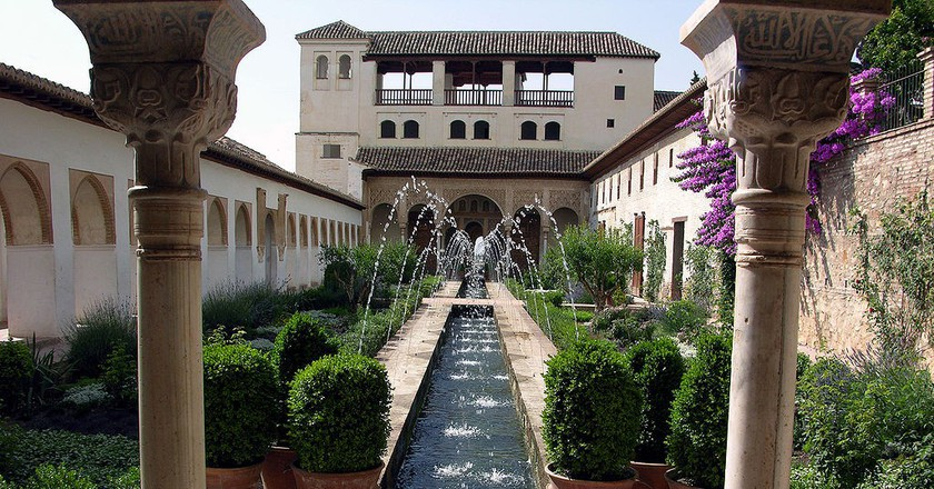 The History Of The Generalife Gardens In 1 Minute