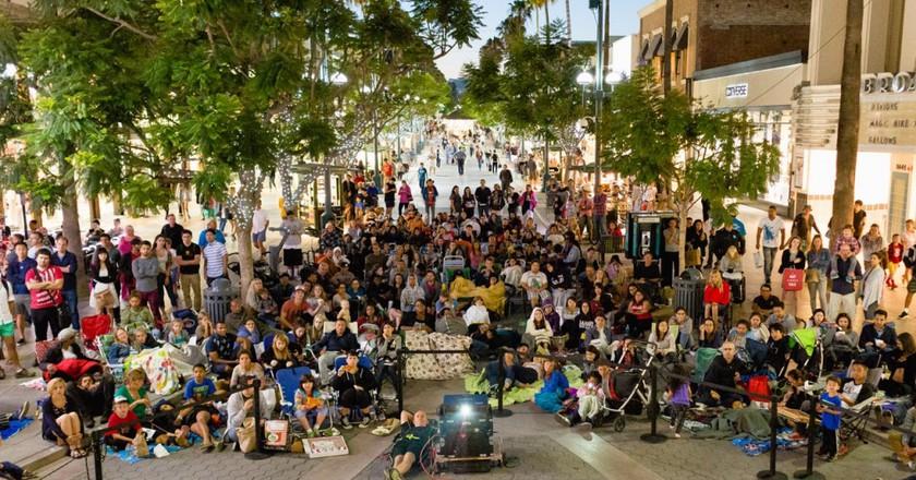 Cinema in the Streets © Downtown Santa Monica, Inc