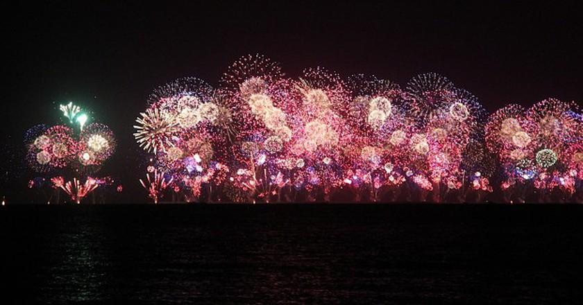 Fireworks in Dubai | ©Gabriela Gomes / Flickr