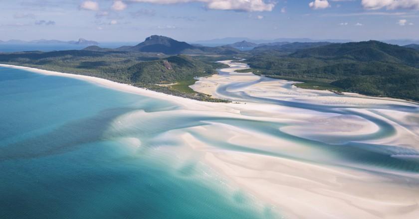 Whitehaven Beach, Whitsundays Islands, QLD | Courtesy of Tourism Whitsundays/© Matt Glastonbury