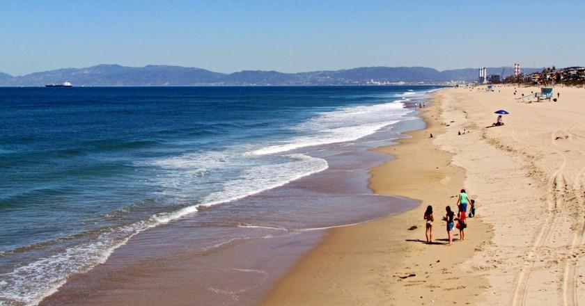 Los Angeles Beach   ©Marika Borkolami/Flickr