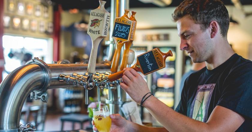 Thaddeus pouring Riverton   © Allagash Brewing/Flickr