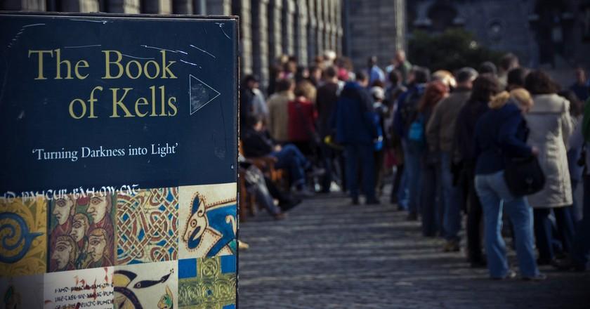 The queue to visit the Book of Kells   © Trinity Digital Exhibition/Flickr