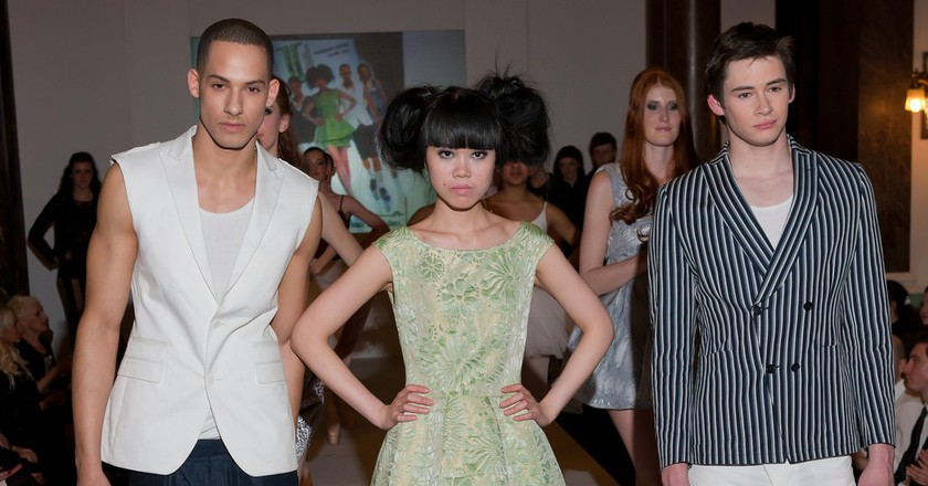 A Paul Costelloe fashion show |©rayand/Flickr