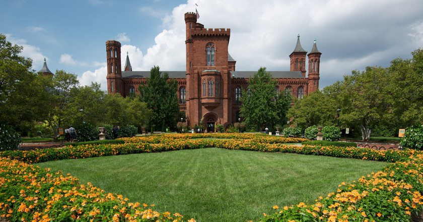 Smithsonian Castle | ©Robert Bolton/Flickr
