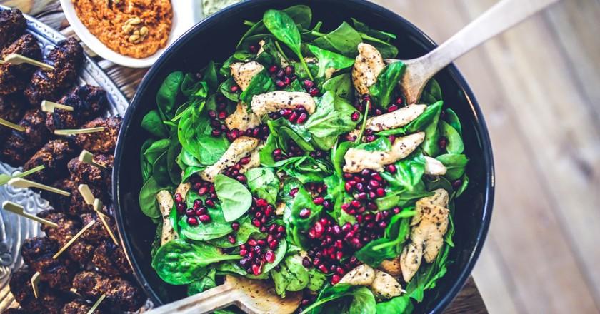 Spinach, Chicken Salad l Pexels