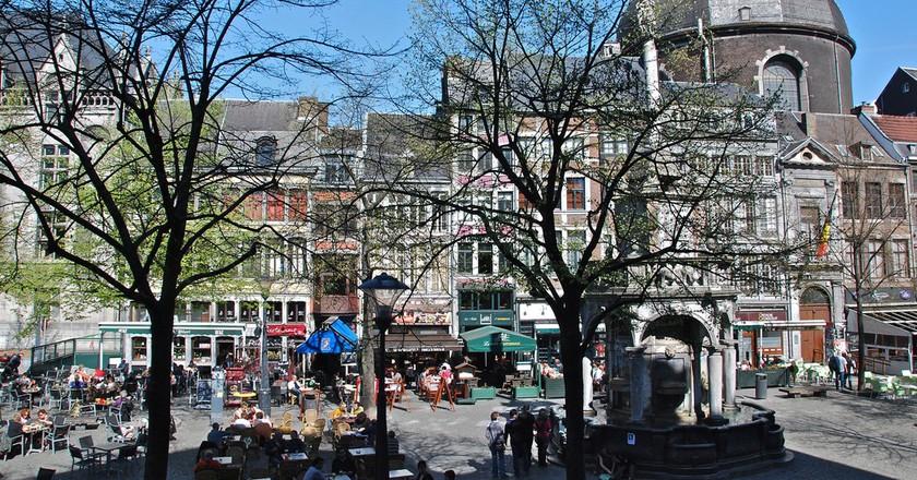 Liège's Place du Marché Square boasts a bunch of charming terraces | © Stephane Mignon/Flickr