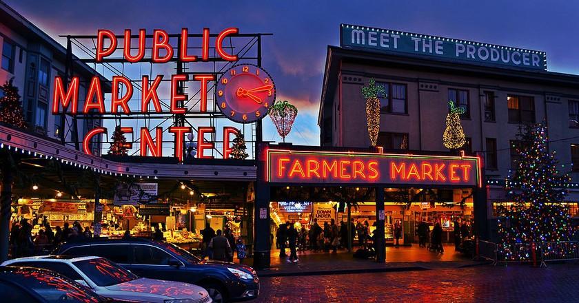 Pike Place Market Entrance   © Mtaylor444/WikiCommons