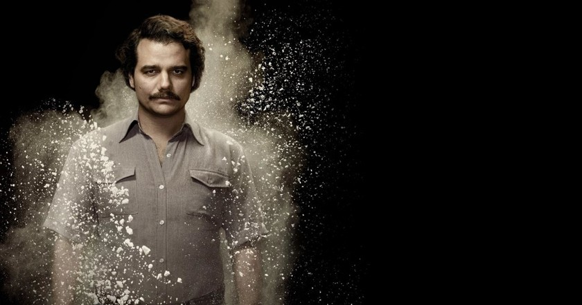 "<a href=""http://wallup.net/narcos-pablo-escobar-movies-cocaine-murderers/"" target=""_blank"" rel=""noopener noreferrer"">Narcos 