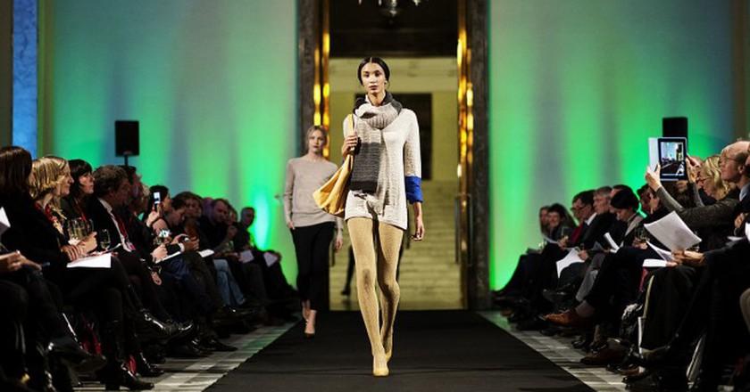 On the catwalk  © Benjamin Suomela/WikiCommons