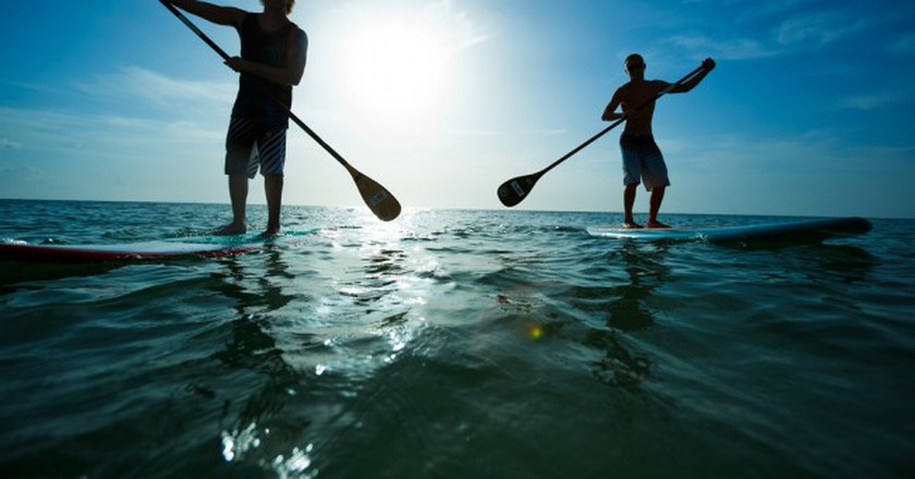 Stand-up paddleboarding    © Visit St. Pete/Clearwater/Flickr