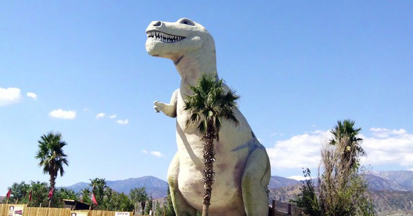 'Mr. Rex,' Cabazon, California | © CityMorgue/WikiCommons