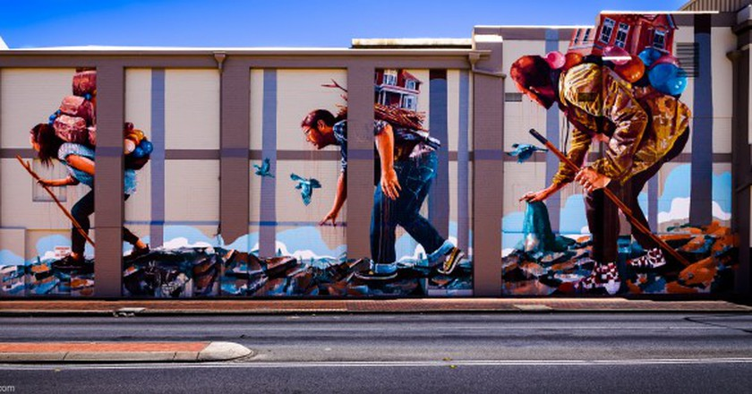 Leederville, Artist Fintan Magee (2014)   Courtesy of Streets of Perth