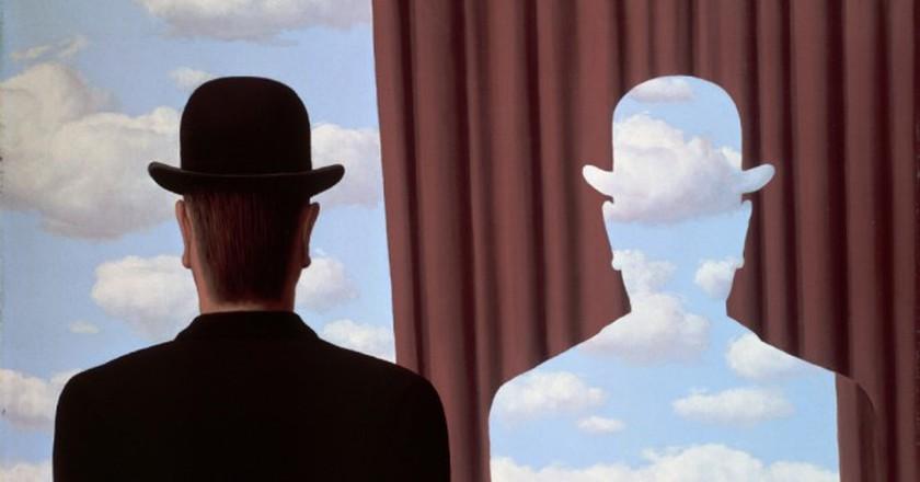 René Magritte, La Décalcomanie, 1966 Huile sur toile, 81 × 100 cm Dr Noémi Perelman Mattis et Dr Daniel C. Mattis © Adagp, Paris 2016 © Photothèque R. Magritte / Banque d'Images, Adagp, Paris, 2016