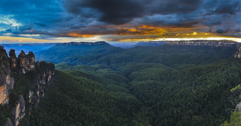Australia Blue Mountains national wild life park 3 sisters landmark © Taras Vyshnya / Shutterstock