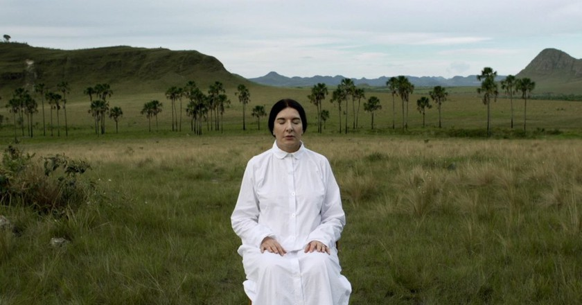 The Space In Between - Marina Abramovic And Brazil | © Elo Company