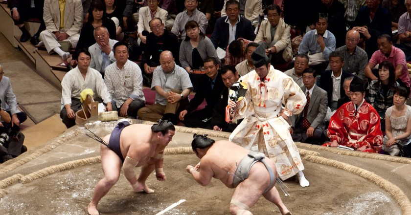 A sumo match is ready to begin | © Gusjer/Flickr