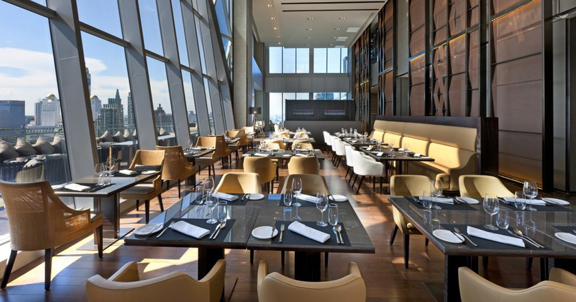 Up & Above Restaurant | © Courtesy of the Okura Prestige Bangkok