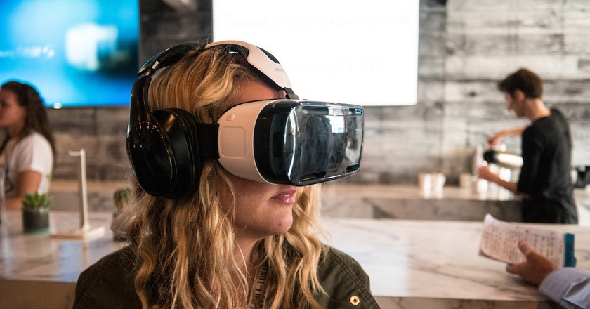 A Samsung VR Headset, similar to the new range introduced at NYFW