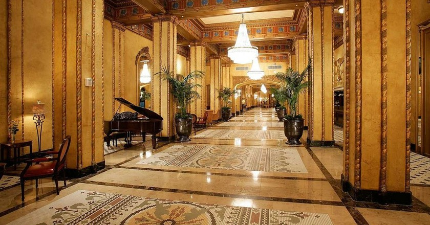 The lobby of the Roosevelt New Orleans | © GFDL/WikiCommons