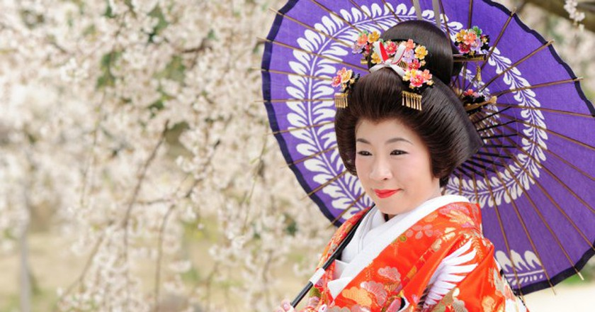 A woman poses in kimono | © gwaar/Flickr