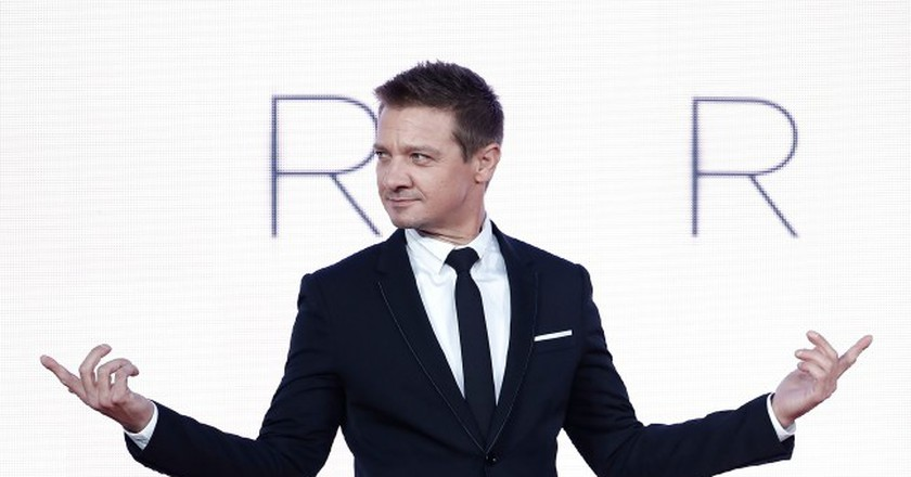 Jeremy Renner attends the 'Arrival' Royal Bank Of Canada Gala screening during the 60th BFI London Film Festival at Odeon Leicester Square on October 10, 2016 in London, England.  (Photo by John Phillips/Getty Images for BFI)