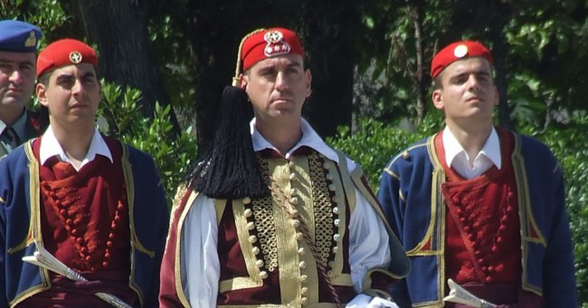 Greek Presidential Guard officer, Athens   © Robin/WikiCommons
