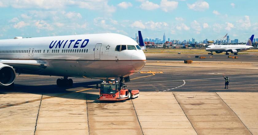 United Airlines   © Tim Gouw/Unsplash