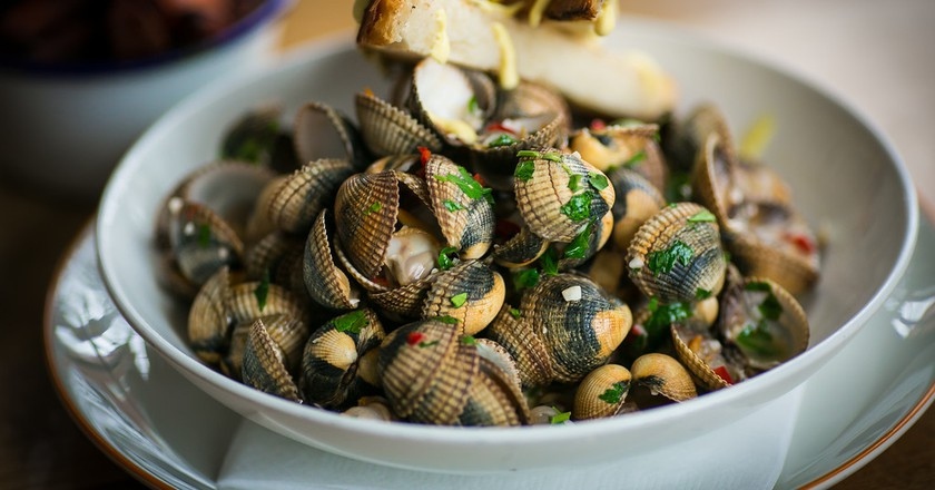 Cockles and mussels at The Winding Stair | © Dave Sweeney