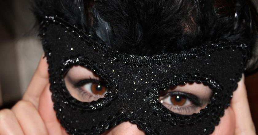 Masked ball |©Jula Sarin/Flickr