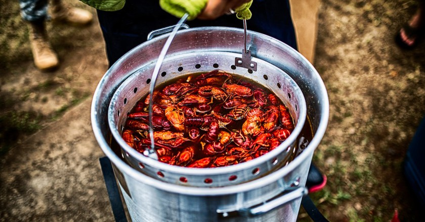 Bucket of Crawfish | © Johnny Silvercloud/Flickr