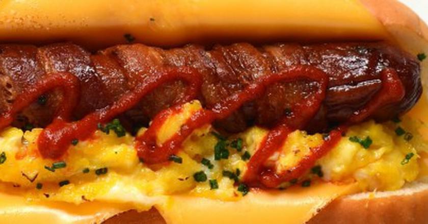 Breakfast Hot Dog bacon wrapped scrambled eggs american cheese Sriracha chives Hawaiian bun | © Personal Creations/Flickr