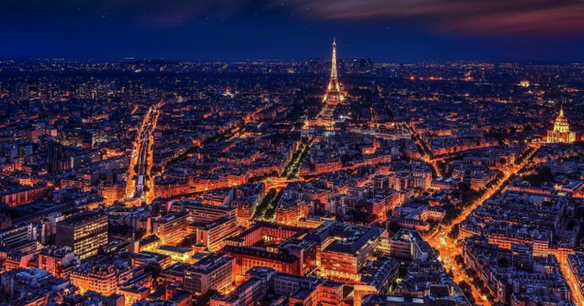 How To Celebrate New Year's Eve In Paris