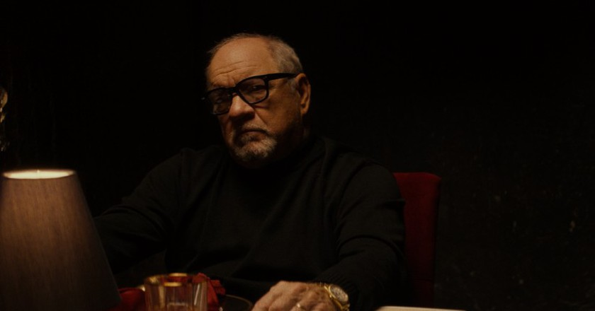 Paul Schrader in 'Dog Eat Dog' | © Signature Entertainment
