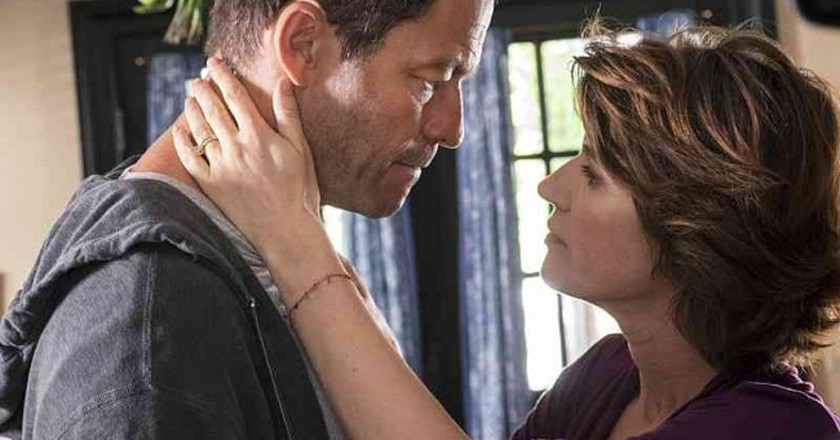 Dominic West and Irène Jacob in 'The Affair' | © Showtime