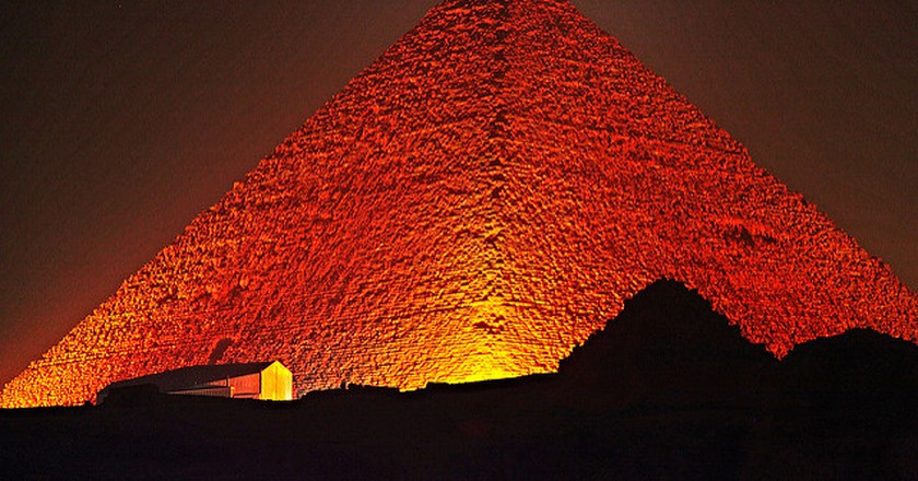 Great Pyramid of Giza   © paweeslt  / flickr