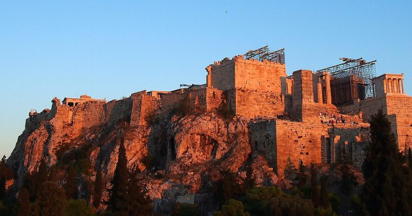 Acropolis from the rocky outcrop of Areopagos | © Momo/Flickr