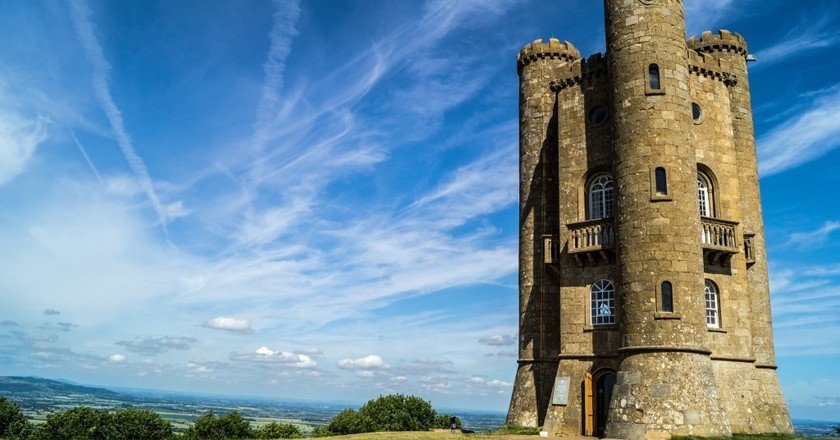 Broadway Tower |© Phil Dolby/Flickr