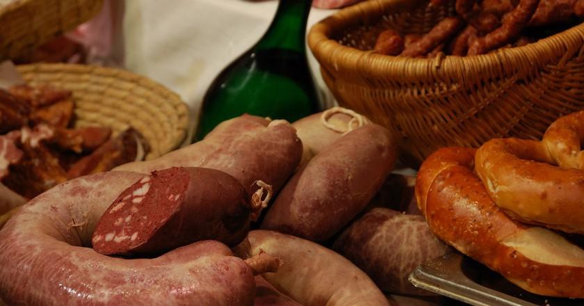 Wiener-wurst (Vienna sausage) is one of Austria's favourite traditional dishes  | © Cha già José / Flickr