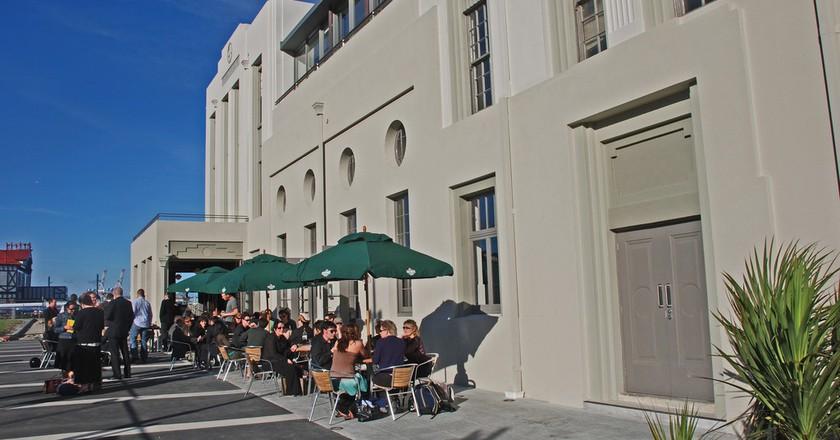 St. John's Restaurant and Bar, Wellington | © Phillip Capper/Flickr