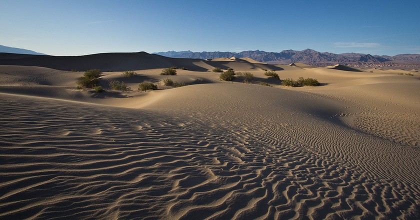 Mesquite Flat Sand Dunes   © Dan Kunz / Flickr