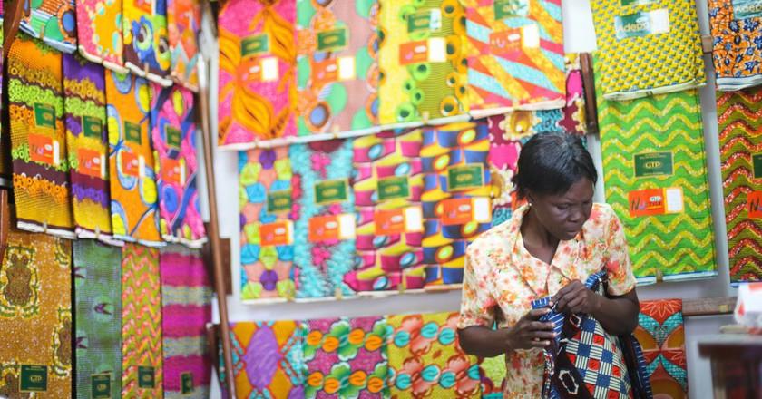 Textiles Trade at Makola Market © Yenkasa