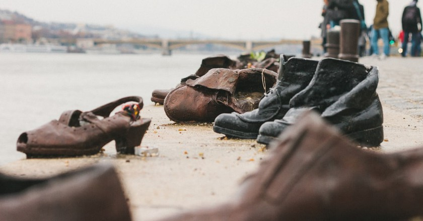 A History of the Shoes on the Danube Bank