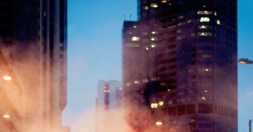 NYC Couple © Juan Galafa/Unsplash