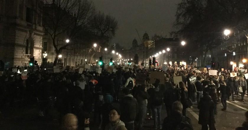 Demonstrations outside Downing Street   © Ruaidhrí Carroll