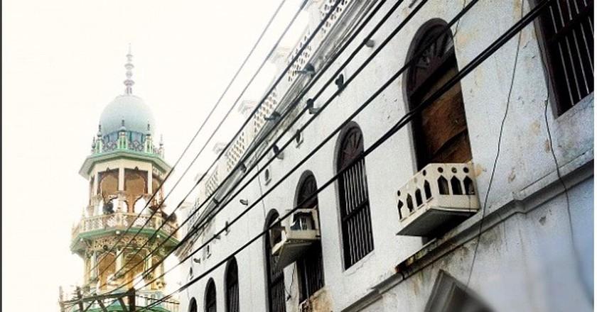 A snapshot of Muttrah near the entrance of the historic market   © Khalid AlBusaidi  khalidalbusaidi.com
