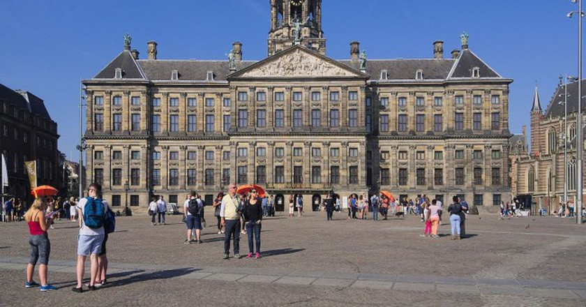 The Royal Palace Amsterdam on Dam Square | © C Messier/ WikiCommons