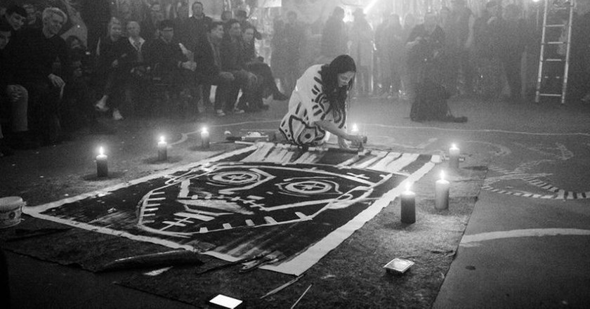 Vera's live performance    © Peter Kolski/courtesy of Vera Kochubey
