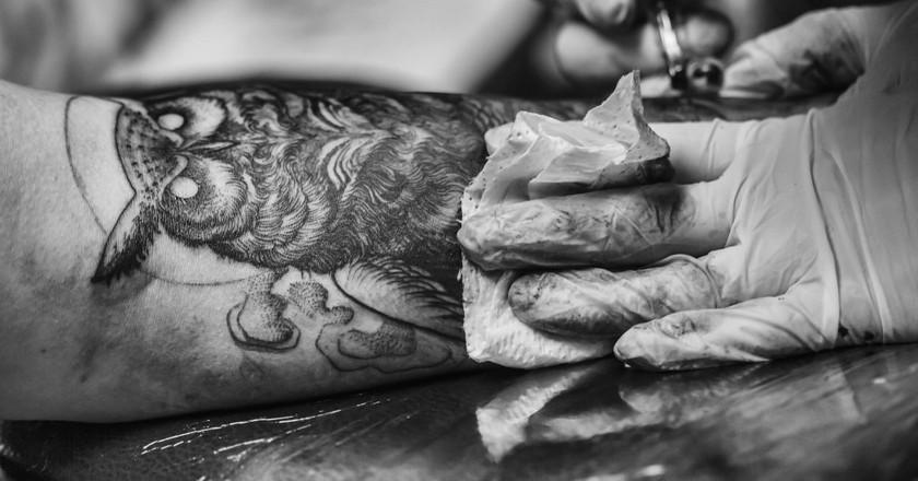 Own Tattoo in progress  | ©  Benjamin Balázs / Flickr