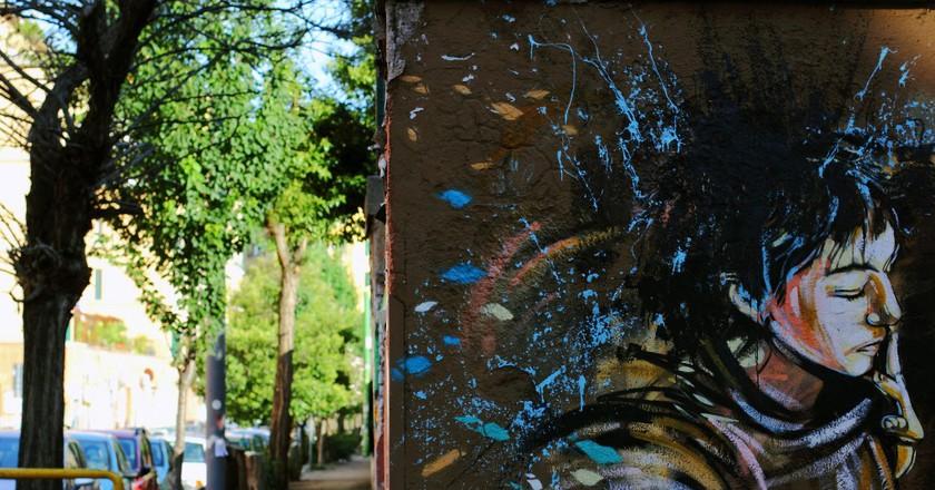 Street art by Alice Pasquini in San Lorenzo | © _pek_/Flickr